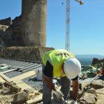 Obres al castell de Montsoriu